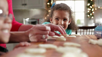 Pillsbury Sugar Cookies TV Spot, 'Holiday Fun' - Thumbnail 5