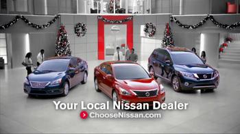 Nissan Season to Save TV Spot, 'Holiday Bonus Cash' - Thumbnail 7
