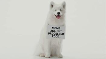 Freshpet TV Spot 'Mom and Pups' - Thumbnail 1