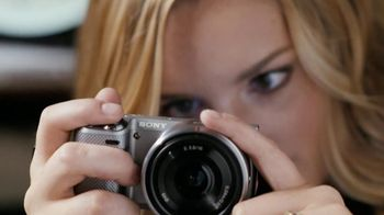 Sony NEX-5R Camera TV Spot Featuring Taylor Swift
