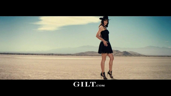 Gilt TV Spot, 'Outfit Showdown' - Thumbnail 4