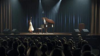 Straight Talk Wireless TV Spot, 'Recital' - Thumbnail 7