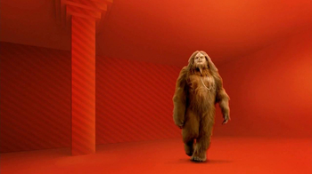 Apple to Apples TV Spot, 'Glamorous Bigfoot' - Thumbnail 1