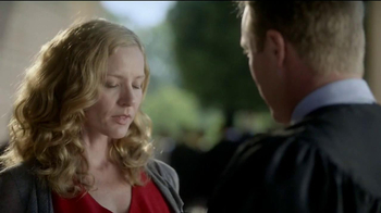 Kay Jewelers Open Heart TV Spot, Graduation' Featuring Jane Seymour - Thumbnail 5