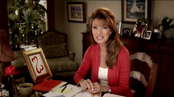 Kay Jewelers Open Heart TV Spot, Graduation' Featuring Jane Seymour - Thumbnail 7