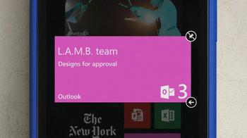 Microsoft Windows Phone 8X by HTC TV Spot Featuring Gwen Stefani - Thumbnail 3