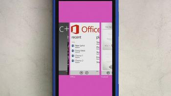 Microsoft Windows Phone 8X by HTC TV Spot Featuring Gwen Stefani - Thumbnail 5