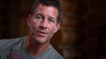 Ford Warriors in Pink TV Spot Featuring James Denton - Thumbnail 5