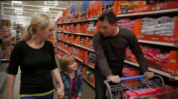 Walmart Low Price Guarantee TV Spot, 'Halloween with Amy' - Thumbnail 5