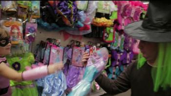 Walmart Low Price Guarantee TV Spot, 'Halloween with Amy' - Thumbnail 7