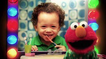 2min2x TV Spot 'Brushy, Brush' Featuring Elmo, Nicole Kidman - Thumbnail 2