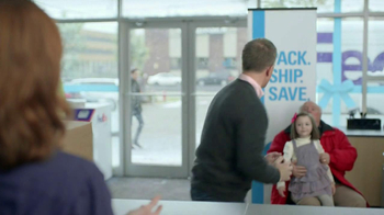 FedEx TV Spot 'Store Santa' - Thumbnail 7