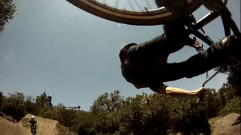 Casio G'zOne Commando TV Spot, 'BMX' - Thumbnail 8