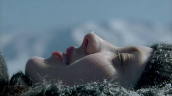 Zales TV Spot, 'Snow Angels' Song by Various Cruelties - Thumbnail 5