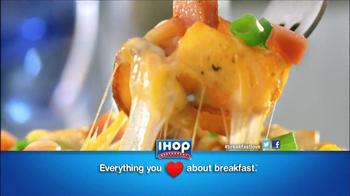 IHOP Loaded Country Potato Breakfast TV Spot, 'Love Breakfast' - Thumbnail 7