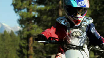 Honda Powersports CRF TV Spot, 'Gifts that Go' - Thumbnail 5