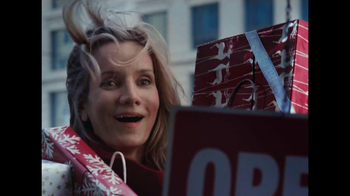 The UPS Store Extended Hours TV Spot, 'Gifts' - Thumbnail 9