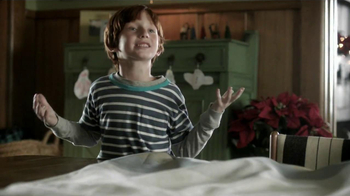 Hallmark TV Spot, 'Christmas Radio Ornament' - Thumbnail 1