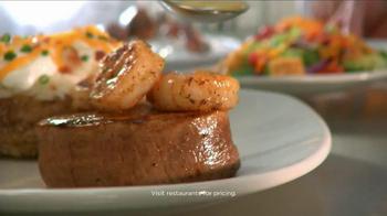 Outback Steakhouse TV Spot, 'Wakeboarding Santa'  - Thumbnail 6