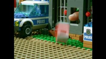 LEGO City TV Spot, 'Forrest Police Station' - Thumbnail 9