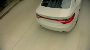 2012 Hyundai Azera TV Spot, 'Garages'  Song Major Lance - Thumbnail 5