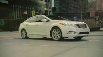 2012 Hyundai Azera TV Spot, 'Garages'  Song Major Lance - Thumbnail 7