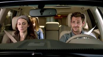 2013 Nissan Pathfinder TV Spot, 'Parallel Parking Birds' - Thumbnail 6