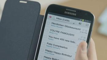 Galaxy Note II TV Spot, 'Birthday Photo' Feat. Rosie Huntington-Whiteley - Thumbnail 7