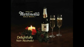 Martinelli's Gold Medal Sparling Cider TV Spot, 'Holidays' - Thumbnail 10
