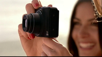 Nikon Coolpix TV Spot, 'Beachside Zoom' Featuring Ashton Kutcher - Thumbnail 2
