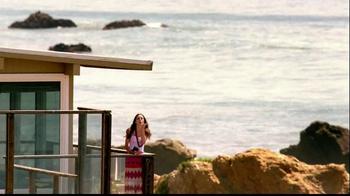 Nikon Coolpix TV Spot, 'Beachside Zoom' Featuring Ashton Kutcher - Thumbnail 5