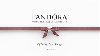 Pandora TV Spot, 'Christmas with Pandora' - Thumbnail 9