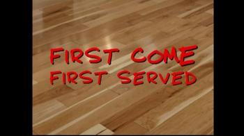 Lumber Liquidators Flooring Sale TV Spot, 'Clean Up for the Holidays' - Thumbnail 7