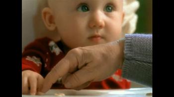 Cheerios TV Spot, 'First Christmas' - Thumbnail 7