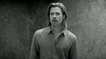 Chanel No.5 TV Spot, 'Inevitable' Featuring Brad Pitt - Thumbnail 5