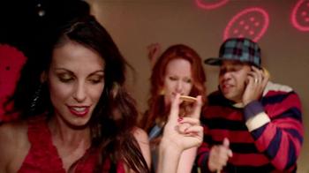 Ritz Crackers TV Spot 'Holiday Party' - Thumbnail 5