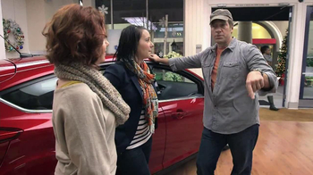 Ford Year End Celebration TV Spot, 'Focus Elves' Featuring Mike Rowe - Thumbnail 8