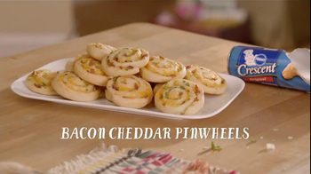 Pillsbury Crescent TV Spot, 'Bacon Cheddar Pinwheels'  - 236 commercial airings