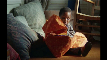 DURACELL TV Spot, 'Toys for Tots' Song by Jimmy Durante - Thumbnail 3