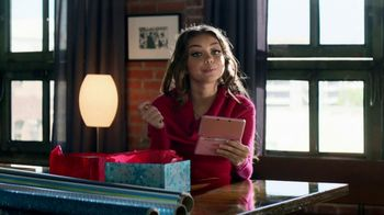 Style Savvy Trendsetters TV Spot, 'Gifts' Featuring Sarah Hyland - 412 commercial airings