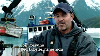 Red Lobster Crabfest TV Spot, 'Alaska Crabbing' - Thumbnail 3