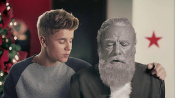 Macy's TV Spot, 'Another Miracle' Feat. Taylor Swift, Justin Bieber - Thumbnail 7
