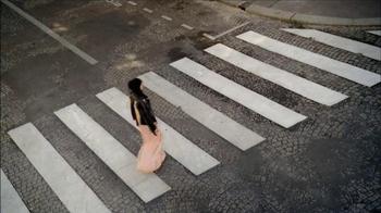 H&M TV Spot, 'Crosswalk' - Thumbnail 1