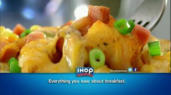 IHOP Country Potato Breakfast TV Spot, 'Santas' - Thumbnail 8