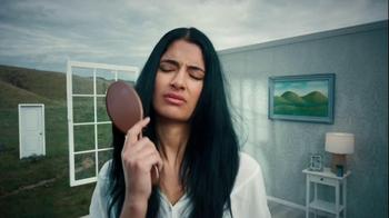 Garnier Fructis Fall Fight TV Spot, 'Hairball' - Thumbnail 1