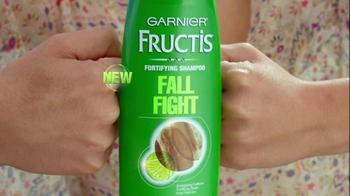Garnier Fructis Fall Fight TV Spot, 'Hairball' - Thumbnail 3