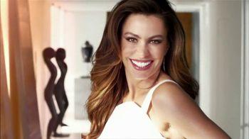 CoverGirl TV Spot, 'Natural, Not Naked' Featuring Sofia Vergara - Thumbnail 9