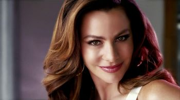 CoverGirl TV Spot, 'Natural, Not Naked' Featuring Sofia Vergara - Thumbnail 4
