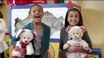 Build-A-Bear Workshop TV Spot, 'Holiday' - Thumbnail 2