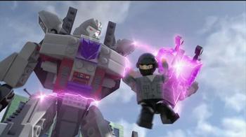 Kre-O Transformers TV Spot, 'MegaTron vs Optimus Prime Battle for Energon' - Thumbnail 3